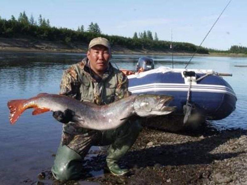 на что ловить рыбу в якутии