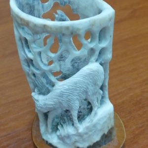 Карандашница из розетки рога 03 1000